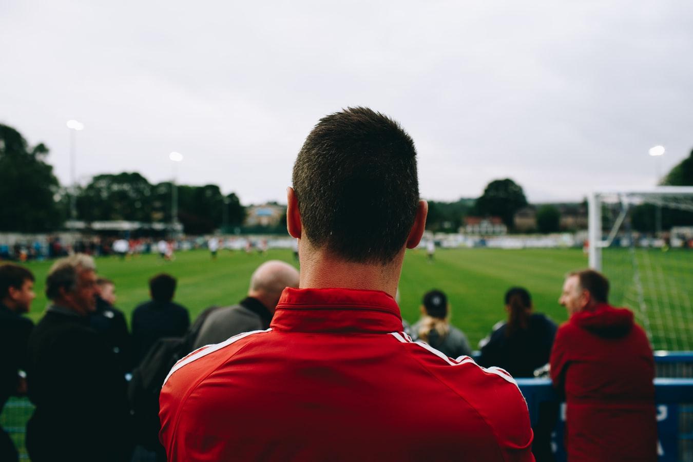Cara Judi Bola Aman dan Menguntungkan